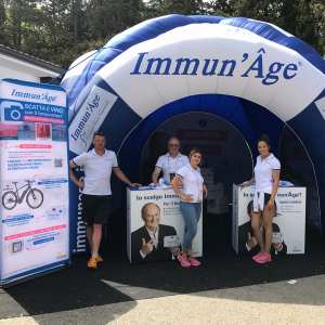 Photo of Immun' Âge booth from Giro d'Italia!